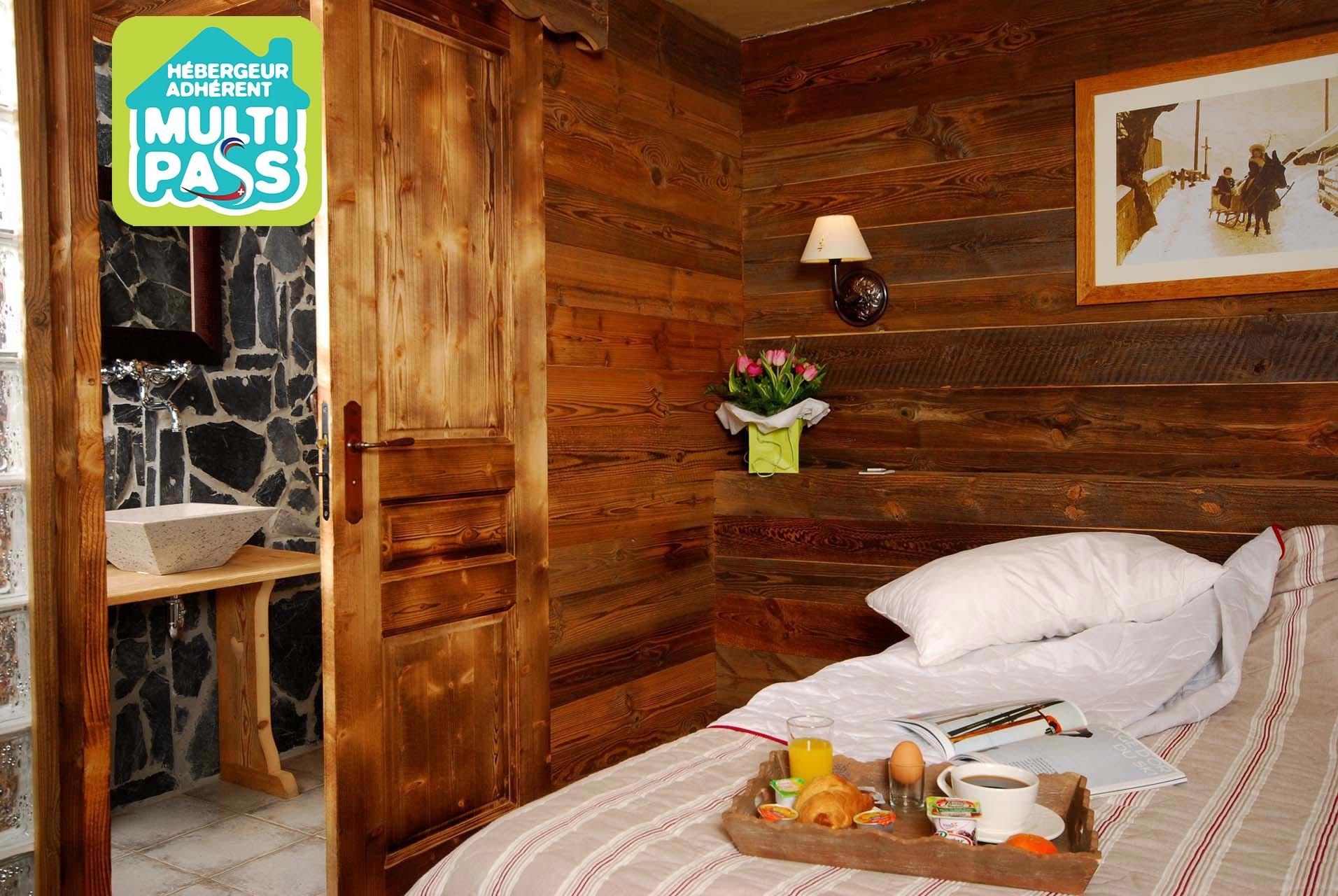 Hotels & holiday residences
