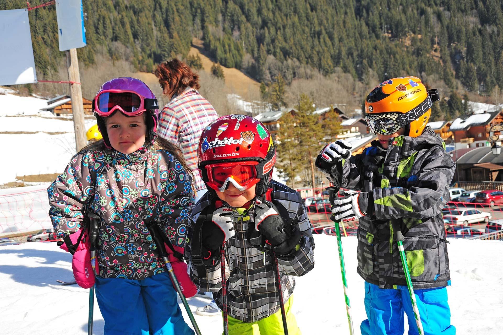 Jardin des neiges, glisse enfants