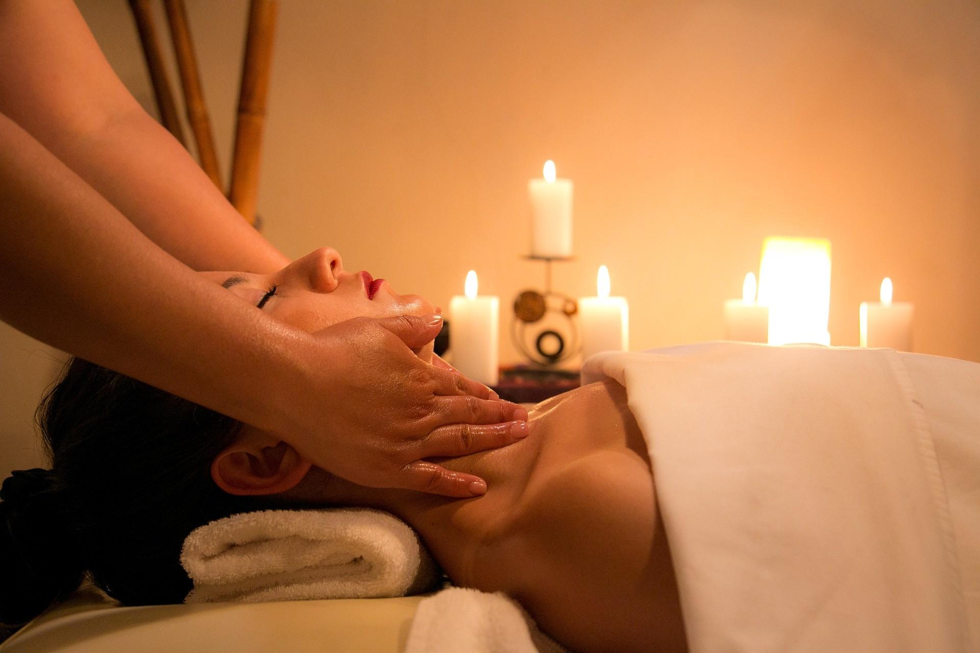 Spas & massage parlours