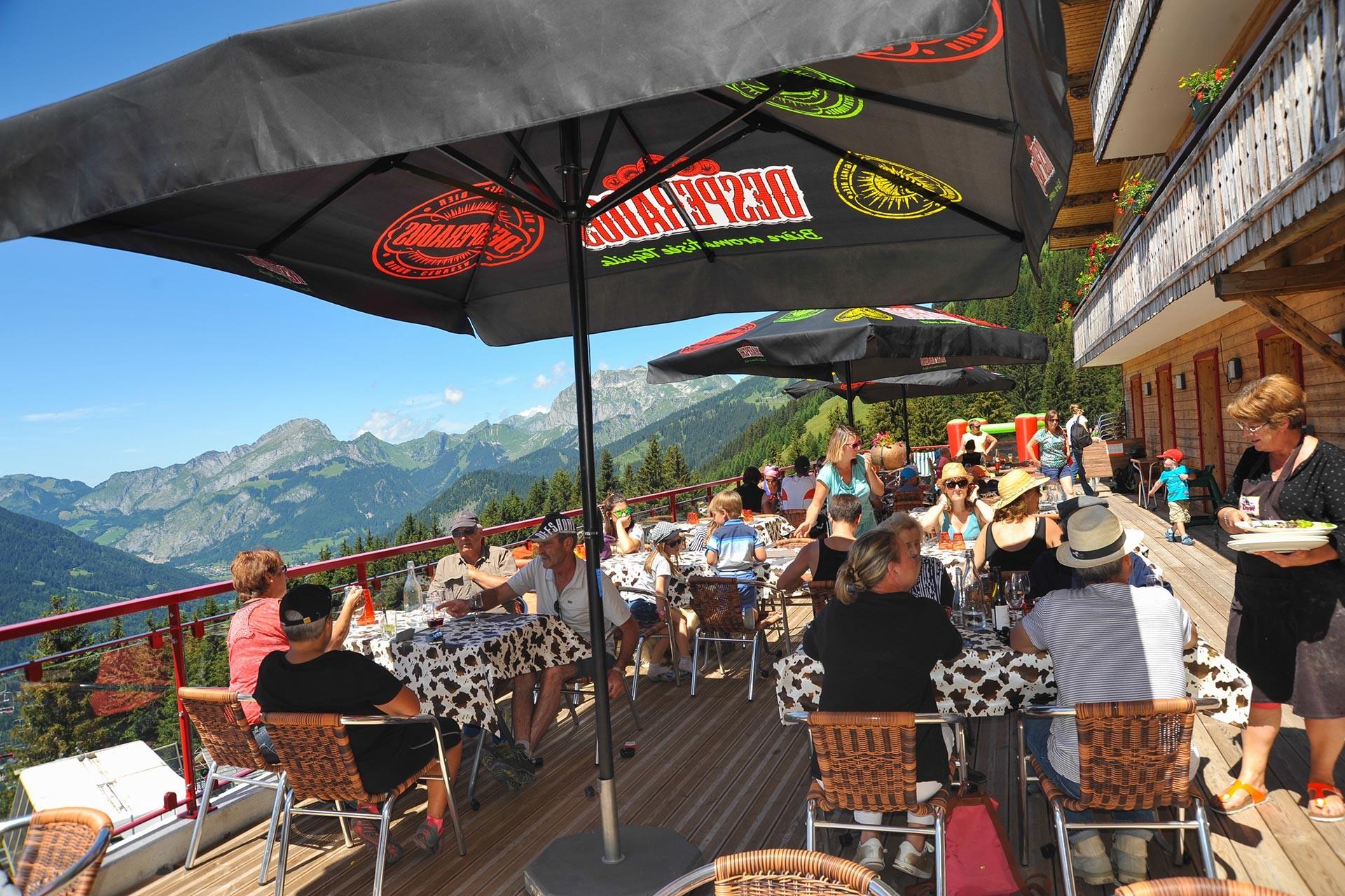 Restaurants in the mountain