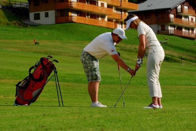 6-hole compact course