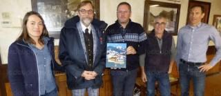 Le sous-préfet Richard-Daniel Boisson en visite dans le village station