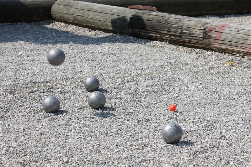 terrain-petanque-boules